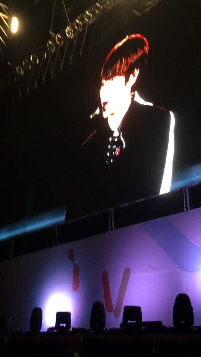 RT @BH_Hong2: 신곡 빤니 보여주고싶은 앙글빤짝이ㅠㅠㅠㅠ  https://t.co/YKenSPtwB0