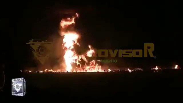 Andrés #fifi's photo on #explosion