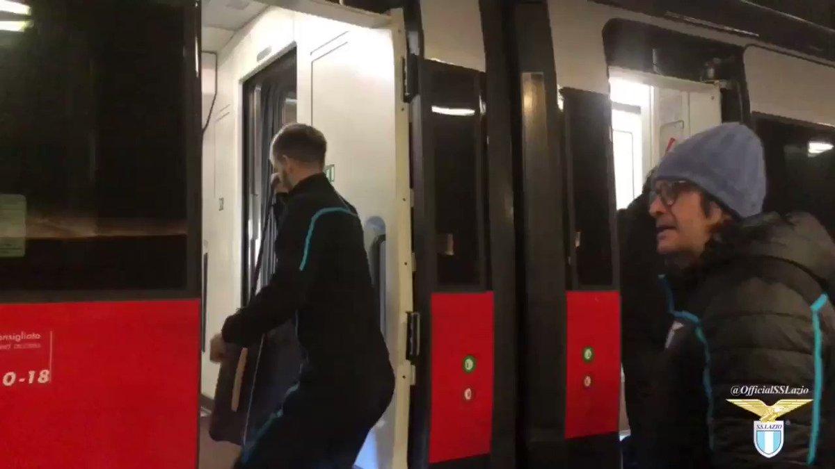 🚆 Ora in carrozza con @LeFrecce: inizia il viaggio   🔜 #NapoliLazio