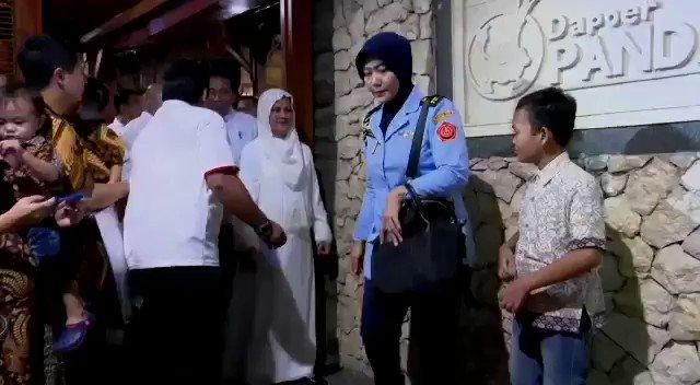 Dede Budhyarto's photo on #JokowiOrangBaik