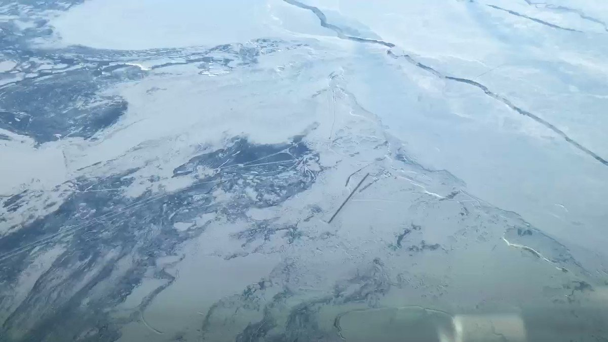 A short video as we passed over the airport of #CYYQ or #Churchill in Manitoba #Canada. We are at 40,000ft and this is the only airport for several hundreds of miles that is 747 capable. Read more about it here https://t.co/isZLQyF8e1. Fancy a layover ?  #AvGeeks #Aviation