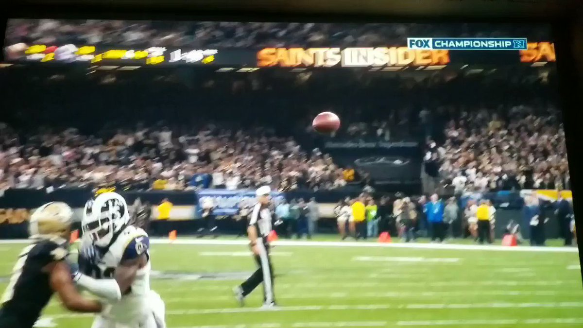 According to the @NFLOfficiating crew, this is not pass interference. #LARvsNO