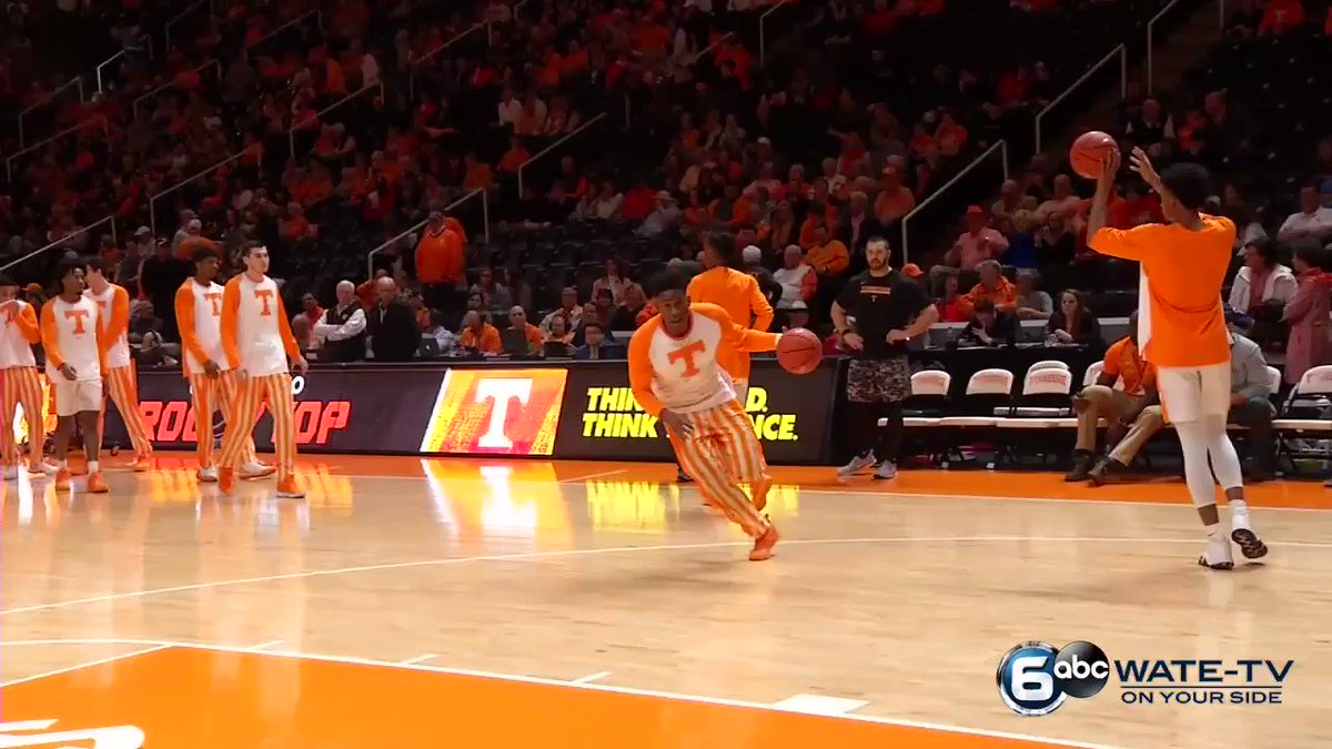 ~poetry in motion ft. @Vol_Hoops & @JordyBow3~