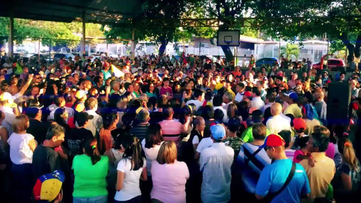 ¡Gritemos con Brío!  Ayúdanos a difundir los puntos de salida en #Caracas.  Plaza Las Américas  CC - Unicentro del Márquez  CC - Millenium  Distribuidor Santa Fe  Torre Exa Av. Libertador  Plaza Madariaga Puente Nueva Granada  Avenida Victoria  Cotiza  #VzlaMañanaNosReencontramos