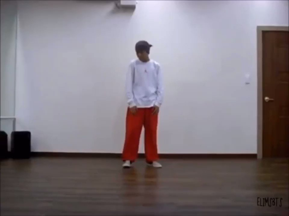 so i did some research,, this is jhope and he's the dance leader,, wow?!? i see talent #NoMoreDreamIsComing #JHOPE