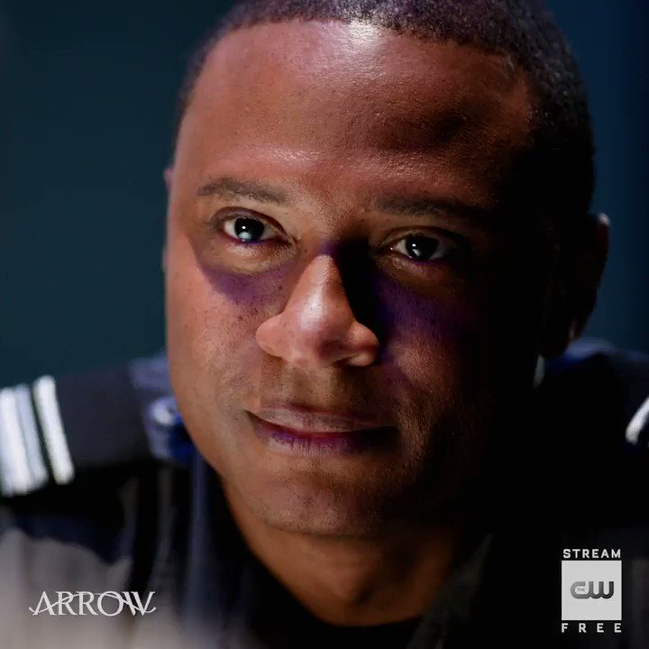 Strike a deal. Stream the latest for free on The CW App: https://t.co/G7jcUyhkrX #Arrow https://t.co/nWELN1LzQY