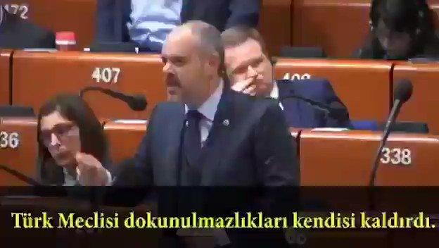 Aktif Çağatay Kılıç, Avrupalı parlamenterlere karşı çok güzel bir konuşma gerçekleştirmiş.  Özellikle sürekli sağ aşırıcılıktan bahsediyorsunuz. PKK'nın bir sol radikal terör örgütü vurgusunu dile getirmek çok önemli.