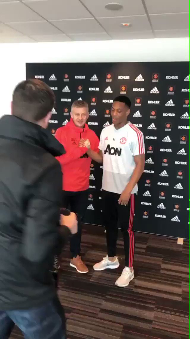 Video: Anthony Martial with Solskjær after signing a new  contract keeping him at Man Utd until 2024. [via @MartialTime]