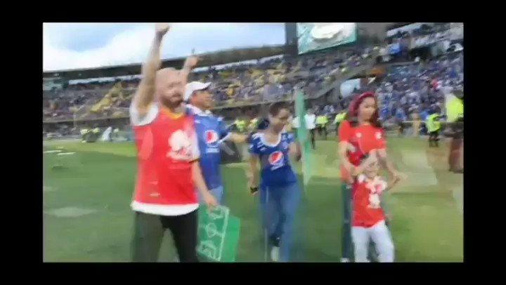 Si se puede el futbol en paz! @Dimayor @fifaworldcup_es @Mundo_Cardenal @SantaFe @brfootball @ANTVColombia @Bogota @MillosFCoficial #futbolenpaz #inclusion