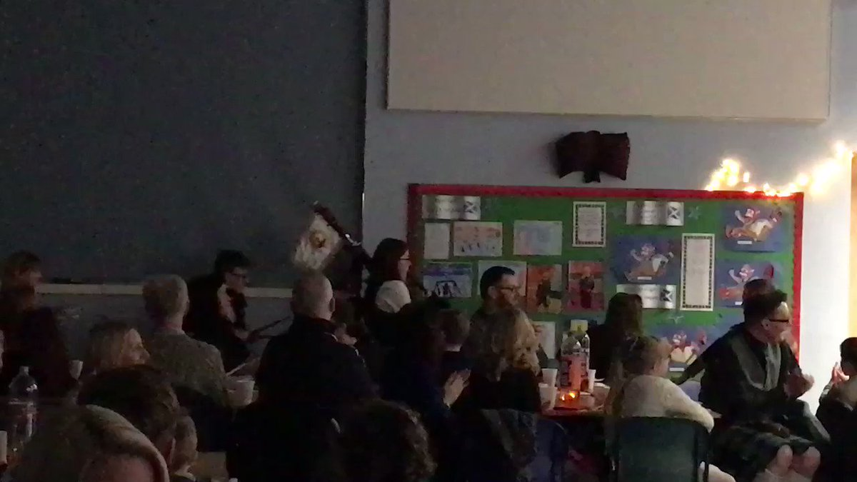 Piping in the haggis followed by a spectacular Address to the Haggis by pupils from @mr_farrington 👏👏👏👏👏👏👏👏👏 @falkirk1plus2