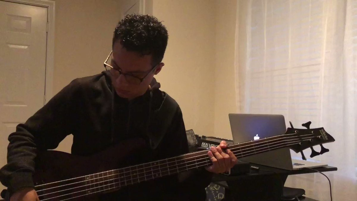 Just a lil video of me playing the bass line I recorded for a beat I made recently. I don't have a whole lot of equipment at home, butI got everything I need to develop my musical ideas  #Producer #Beats #rap #beatsforsale #Soul #trap #theysaidsouljaboykilledhihhah