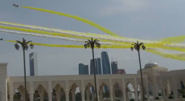 Airplanes took to the skies in unison to mark #PopeFrancis' arrival at the Presidential Palace in #AbuDhabi.    #PopeFrancisInUAE | #PopeFrancis | #popefrancisUAE | #UAE | #AbuDhabi   (Video by Allan Jacob/ Khaleej Times)