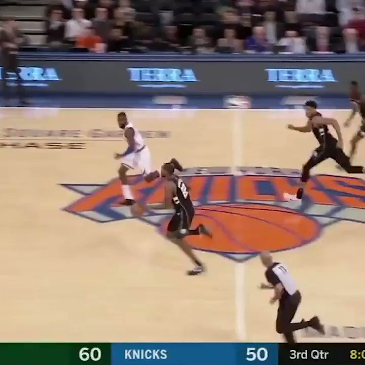 On this date: A year ago, Giannis brought Madison Square Garden to its feet �� https://t.co/VbvnuyWzth