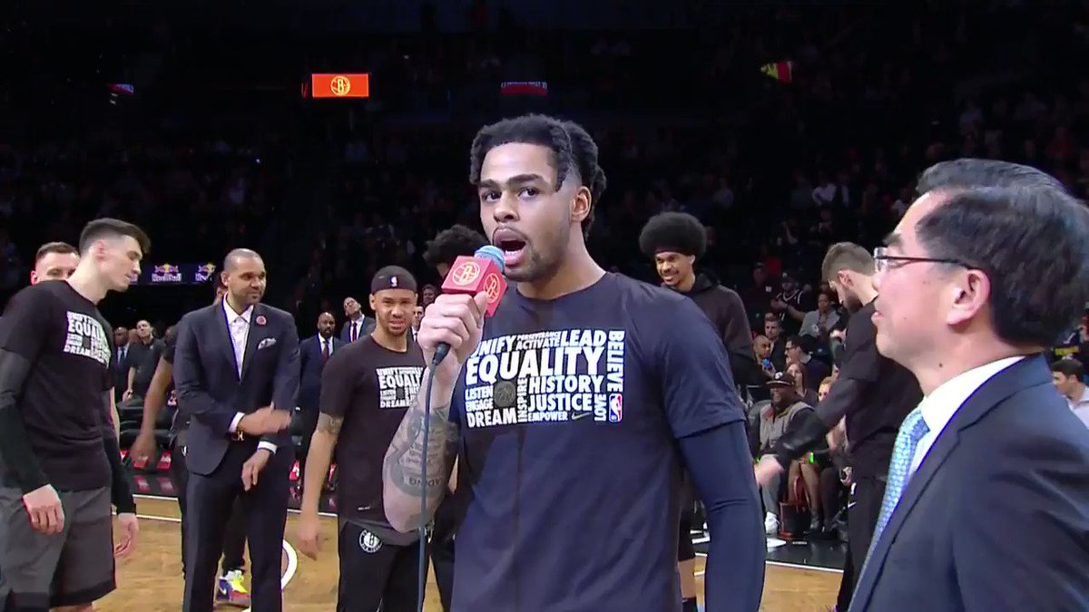Who knew DLo could speak Chinese (via @BrooklynNets)