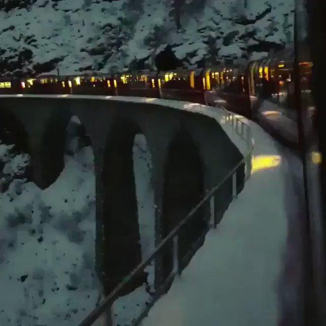 سويسرا بالليل..😍
