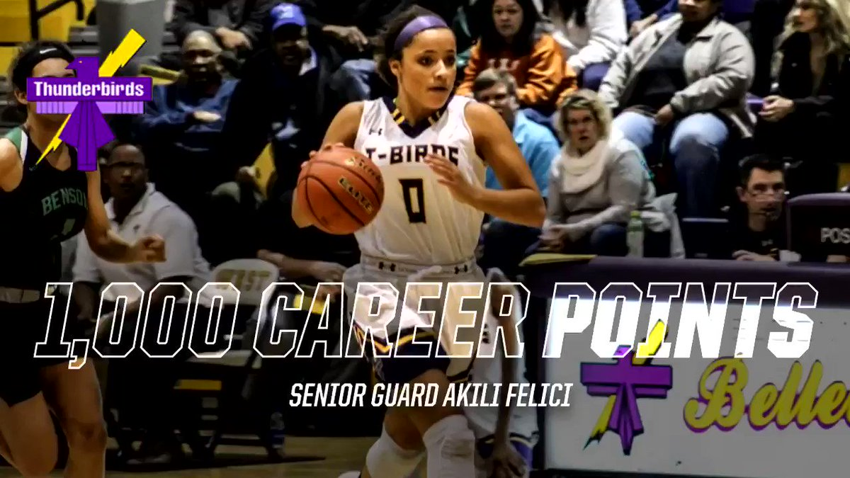 Senior Guard Akili Felici (@akilifelici) joins the 1,000 POINT CLUB! Congrats Akili on a huge career accomplishment!