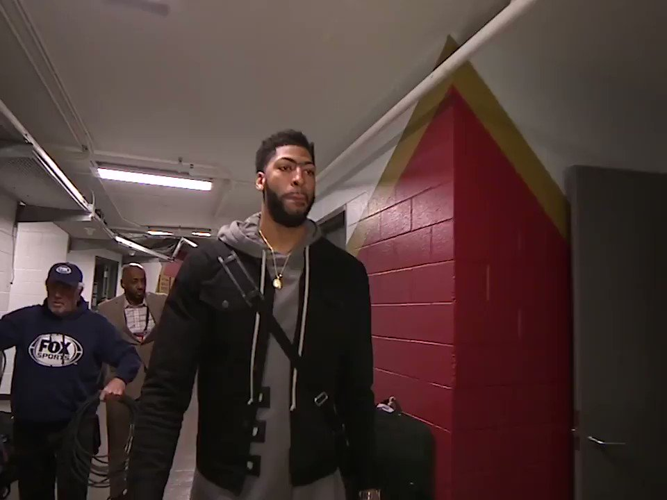 AD is in the house ...  And tonight, he'll be back on the floor �� https://t.co/gGecTmfGZM