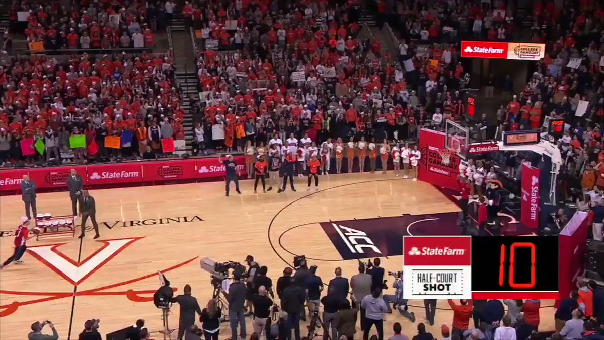 GameDay has gone to UVA 4 times ... and a student has been MONEY on the half-court shot in all 4!  (�� @StateFarm) https://t.co/BSwh7oyjXf
