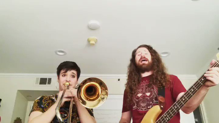 Don't you worry 'bout a thing Pretty Mama!  Epic @aubrey_logan and I jamming Stevie Wonder. @StevieWonder  She sings with trombone. I sing and bass tone. #steviewonder #dontyouworryboutathing  #innervisions #aubreylogan #caseybassy #bass #trombone #jam #cover #epicpic.twitter.com/C9aAmNmI9T
