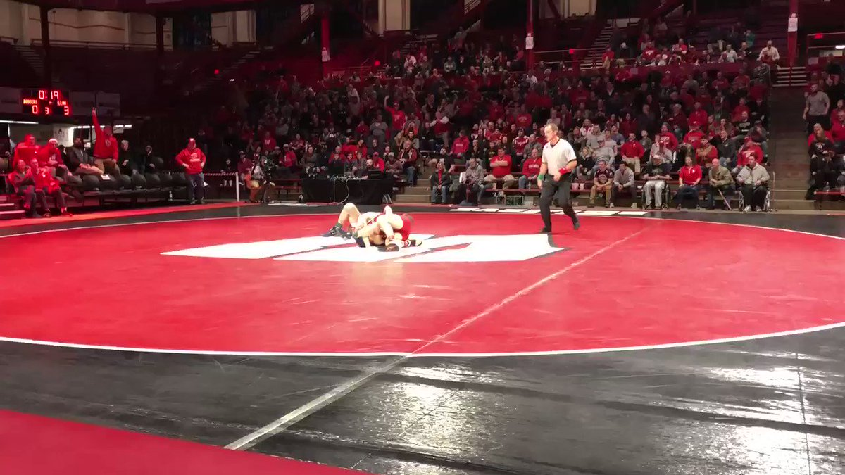 OUR GUY @jens_lantz WITH THE TAKEDOWN FOR THE WIN!  THE FIELD HOUSE IS ROCKIN!!!  WIS 3 | ILL 3