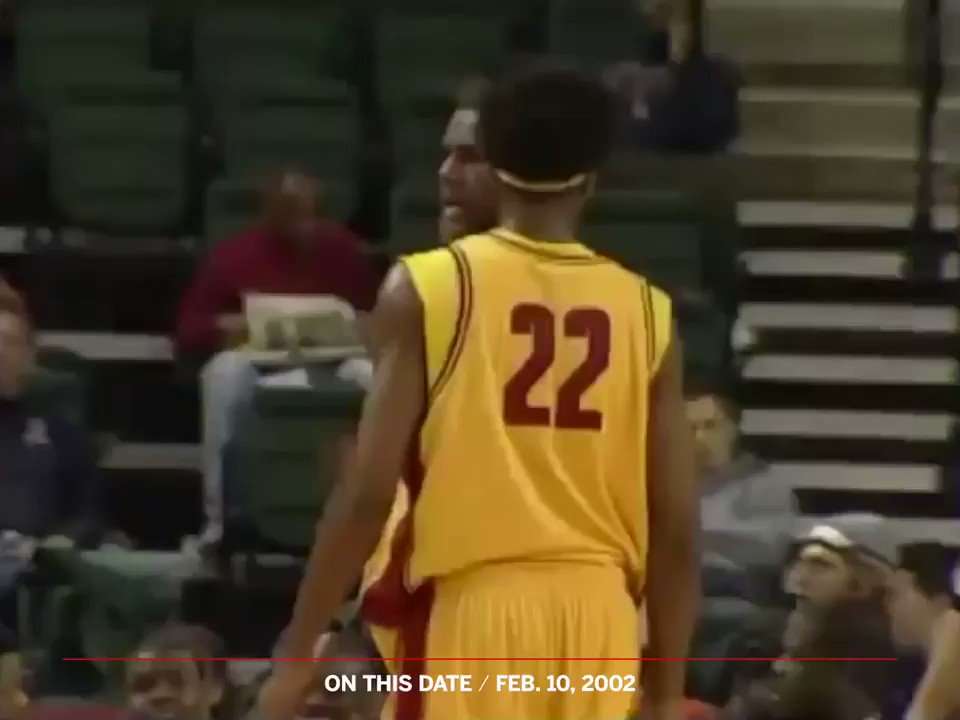 In 2002, @KingJames and @carmeloanthony faced off as 17-year-olds.  LeBron dropped 36, Melo 34. https://t.co/tvlO9hO2EY