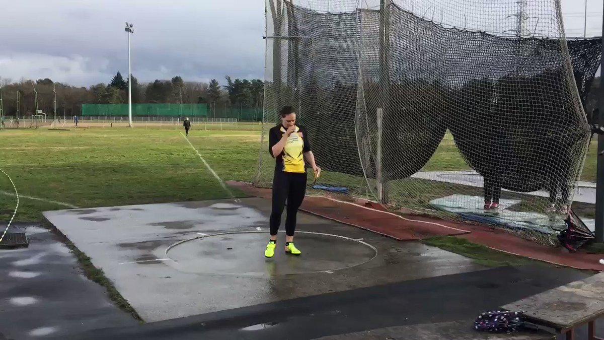 👍 Pour son grand retour, @melrobertmichon réalise un jet à 56,50 m au lancer du disque à Vénissieux ! #athlétisme