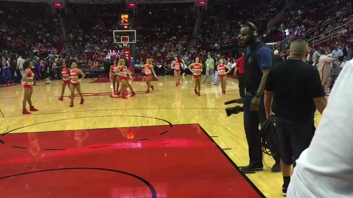 "Josh Reddick (@RealJoshReddick) hits the ""First Shot"" for Charity before the #Rockets game"
