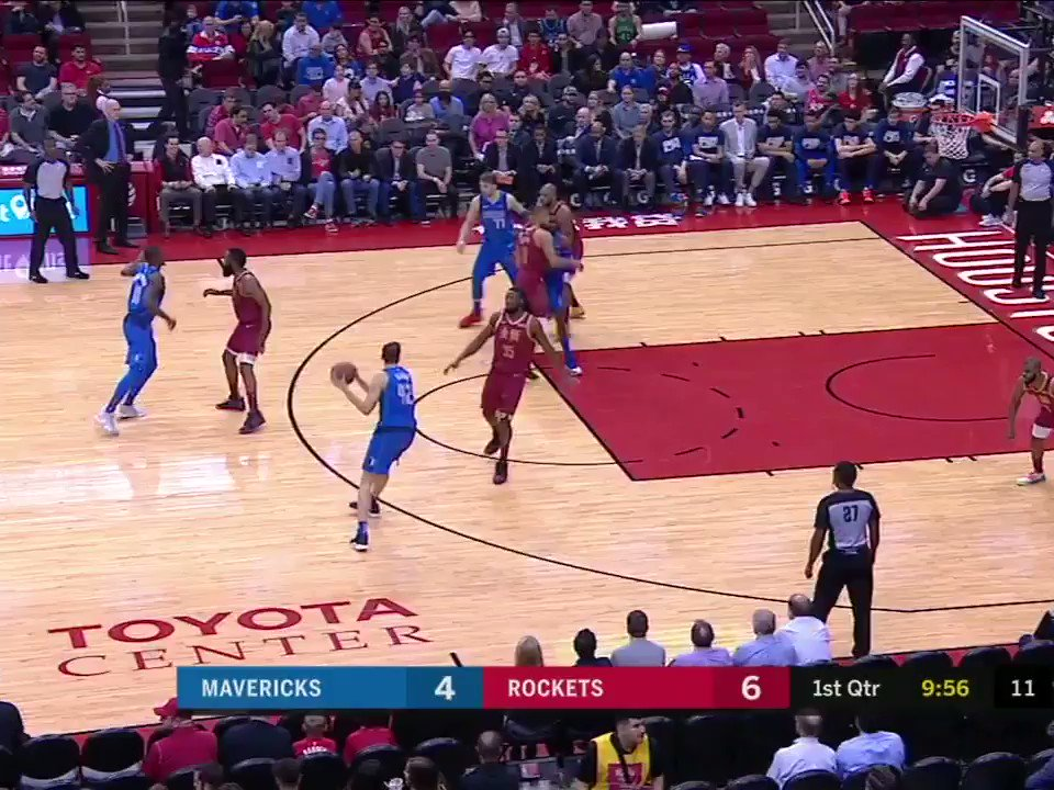 Luka with the step back vs. Harden �� https://t.co/IcyGg4D4M5
