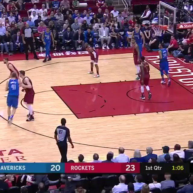 Luka shows off the handle!   #MFFL 34 #Rockets 46  ��: @NBATV https://t.co/9epojCp4wG