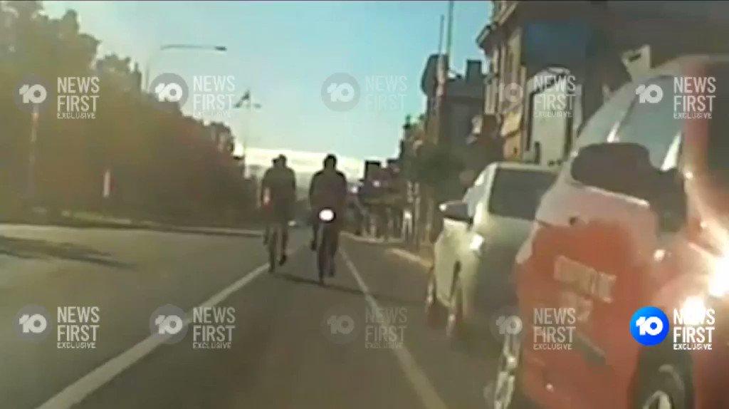 Ich kann sehr gut verstehen, warum sich viele Menschen nicht trauen, auf diesen Streifen Rad zu fahren. Gefahr lauert von zwei Seiten. Daher: Parkstreifen weg und sicheren Radweg hin!
