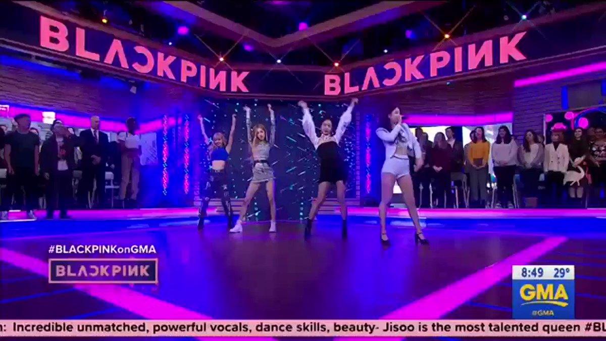 BlackpinkWines's photo on #BLACKPINKonGMA