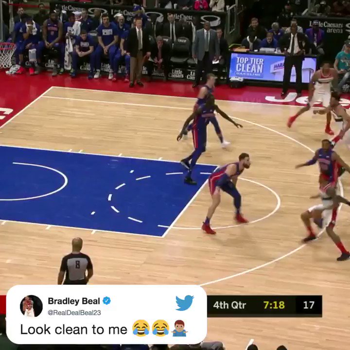 .@RealDealBeal23 MIGHT have gotten away with a travel here �� https://t.co/IVII76BFSL