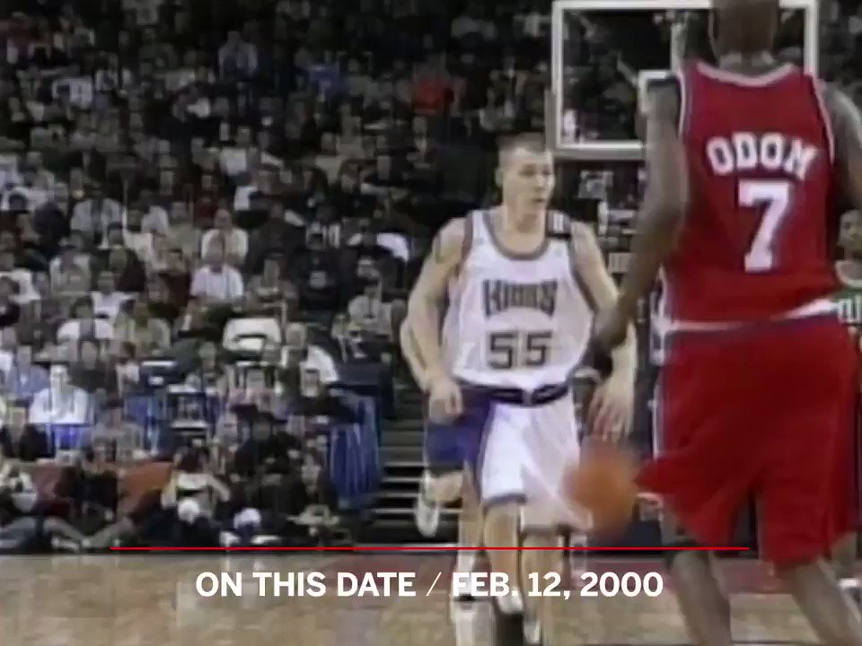 On This Date: In the 2000 NBA Rising Stars game, Jason Williams introduced the world to the elbow pass 🏀💪