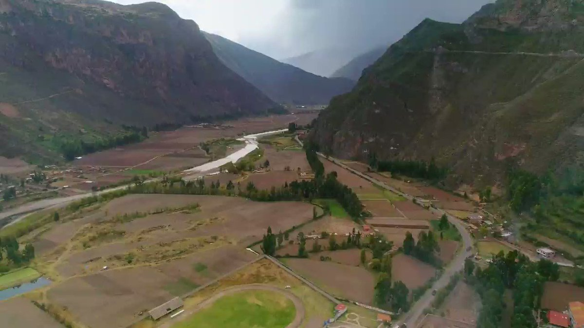 The Urubamba Valley is quite impressive! How about a ride along its trails with that special person? A lifetime experience that you shouldn't miss. More info → http://bit.ly/2APdiGx #PeruTheRichestCountry #VisitPeru #Cusco