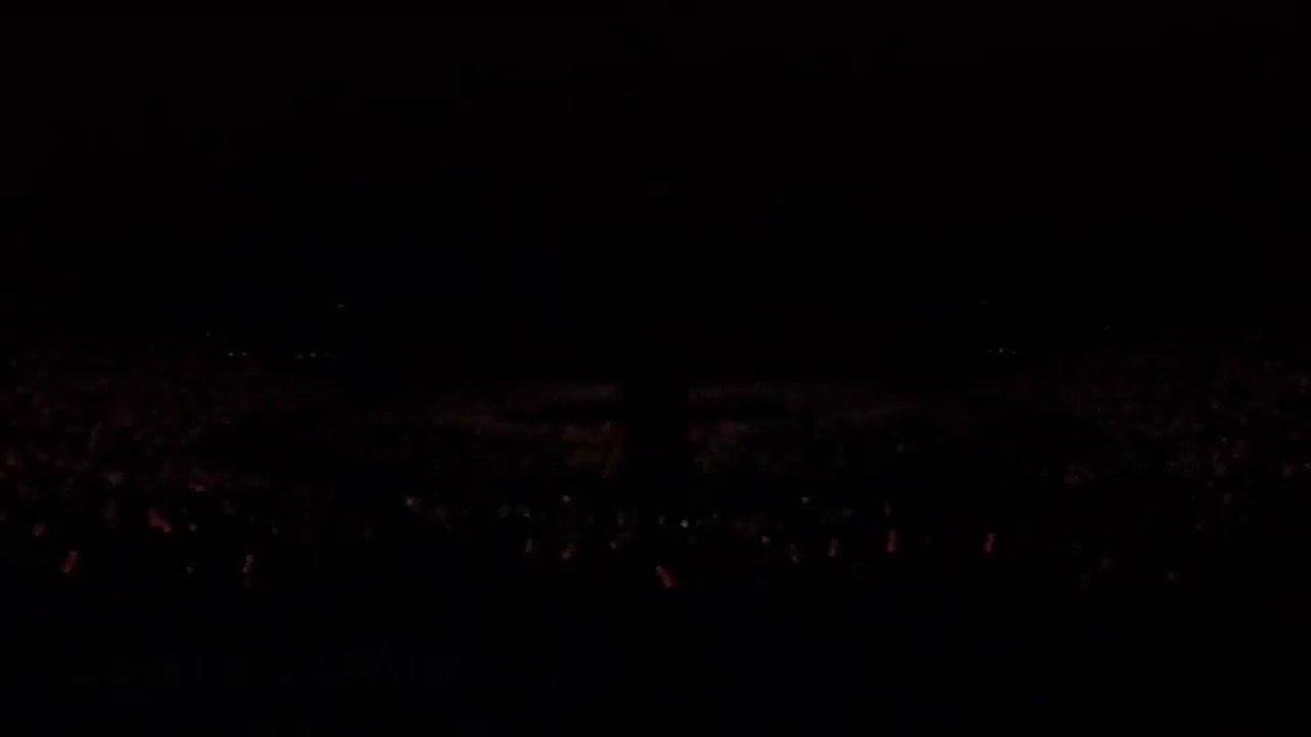 """⚡️RUBBER BAND / iKON  """"LOVE SCENARIO""""の大ヒットを受け、次期アルバムのタイトル曲として隠しておいた楽曲だったが、ファンのためにサプライズ公開された。 iKONにとって最大のライバルであり仲間でもあるWINNERのMINOが作詞作曲に参加している。  #iKON #아이콘 #RUBBERBAND"""