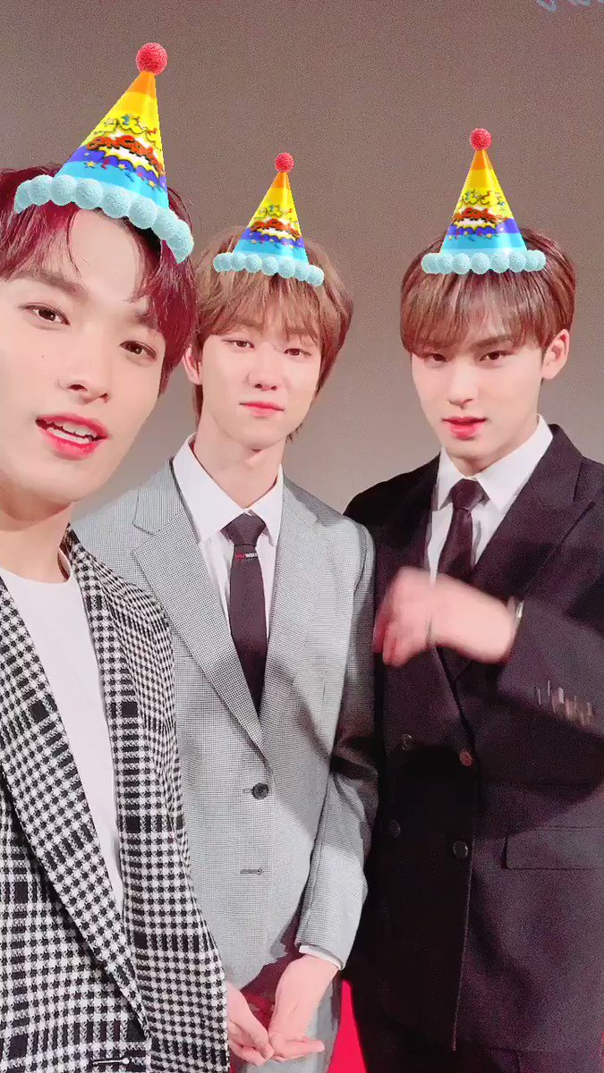 💎HAPPY BIRTH DAY TO CARAT💎  #HAPPYCARATDAY 🎉 #캐럿_세_번째_생일_축하해 🎂  from. #SEVENTEEN #THE8 #MINGYU #DK 💖💙