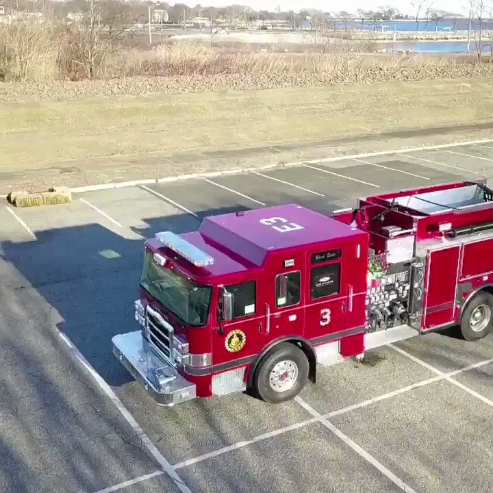 The Stamford Fire Department is pleased to welcome the latest addition to our fleet. Engine 3 is a 2018 @PierceMfg Enforcer that will be entering service shortly. Thanks to the talented members of our Mechanical Division for all of their work in preparing E3 for service.