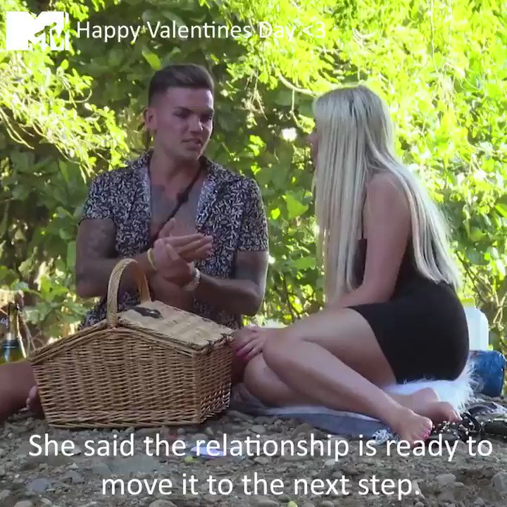 Who's boyfriend is this going to be tonight? 👀😂 Happy #Valentines Day ❤️