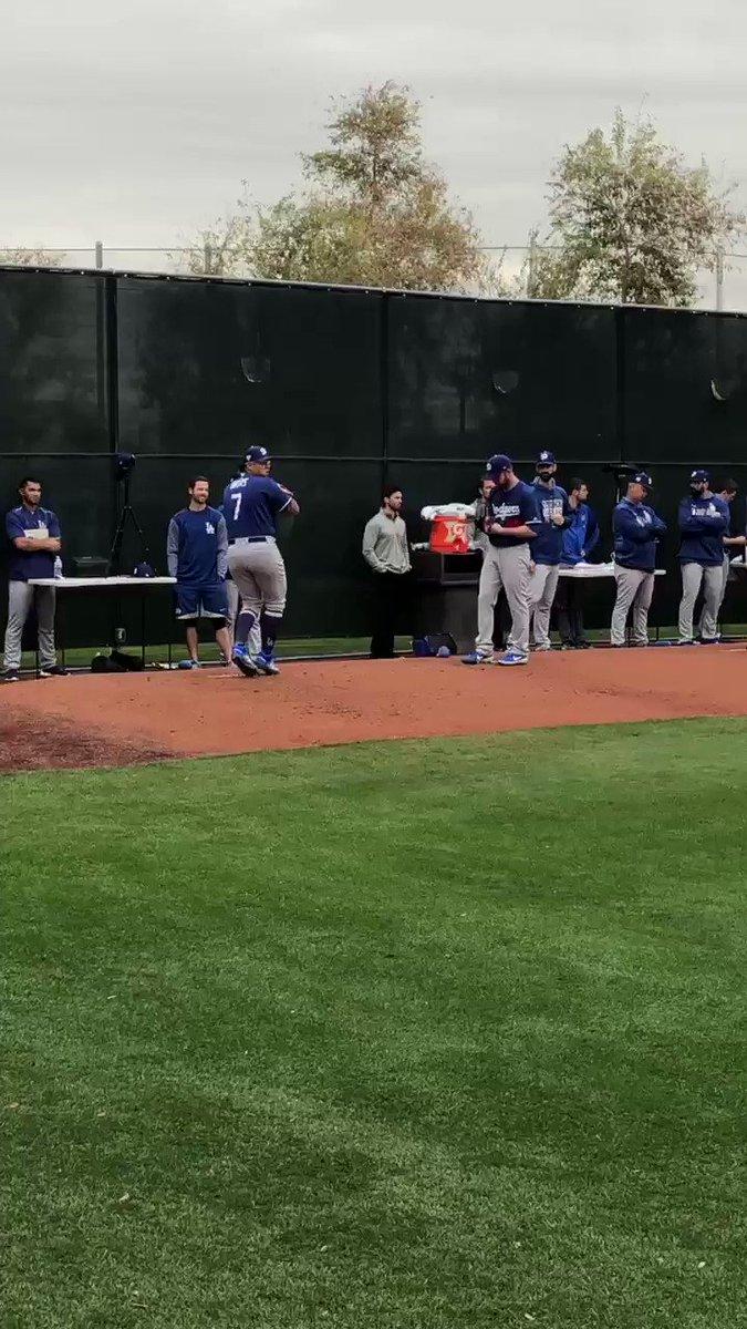 That sound. 😍 #DodgersST
