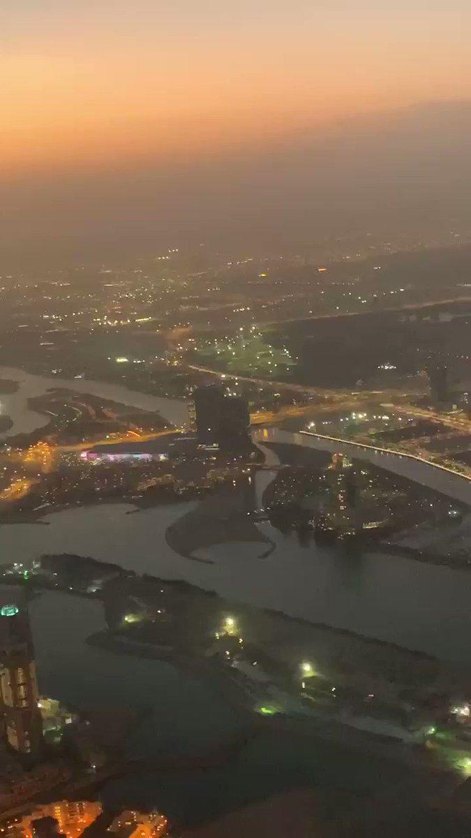 منظر لمدينة الدوحة اثناء هبوط الطائرة🇶🇦😍