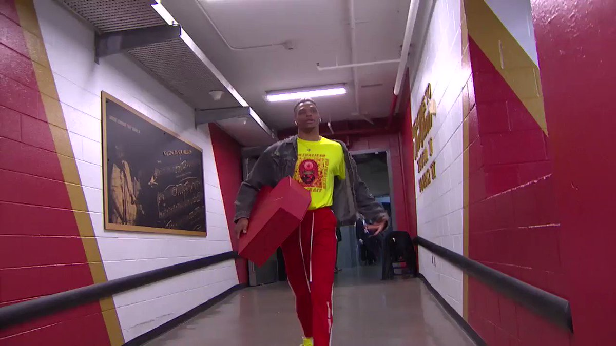 Russ is in the Valentine's Day spirit �� https://t.co/7Os9DFl2sc