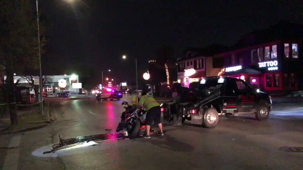 #BREAKING Police tell me the motorcyclist involved in the crash in Montrose has died. #khou11