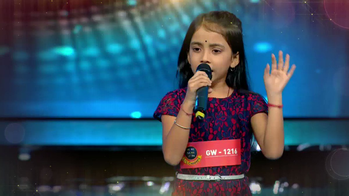 Such a soulful voice that it will melt your heart.  This 10-year-old from Assam truly deserves to be called Little Lata! #SRGMPLilChamps, Starts 16th Feb, Every Sat-Sun, 6:30 PM (TH) / 7:30 PM (SGT) only on #ZeeTVAPAC  @Singer_Shaan | @TheRichaSharma  | @AmaalMallik | @_RaviDubey