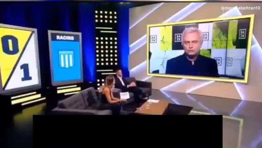 Mourinho opina de la actuación de Marcelo Díaz (@CHELODIAZ_21) frente a Corinthians en São Pablo.