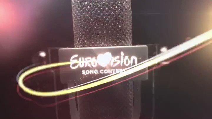 Dogajanje v tednu dni pred Emo 2019 so v svoje objektive ujeli tudi srednješolci Luka, Žan in Matija, ki na @rtv.slovenija opravljajo srednješolsko prakso. 💪✨  #ema #ema2019 #DareToDream #eurovision #telaviv #esc2019 #esc #slovenia #music #ebu #rtvslo #bts