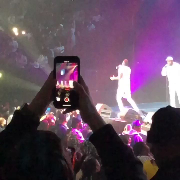 Major shout out to Brooklyn, NY for an amazing night! Y'all showed up and rep'd for ya boyz! #SoldOut! #BrooklynNY @barclayscenter #BarclaysCenter... See you tonight Reading, PA!