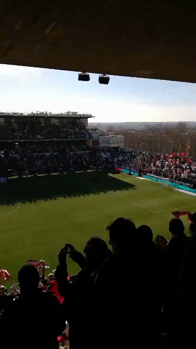 Hoy en #Vallecas 2 equipos de segunda división, el @RayoVallecano como alma de la caridad y el @Atleti carente de cualquier juego... #RayoAtleti #RayoAtletiEnbeIN #LaLiga #Madrid #Futbol