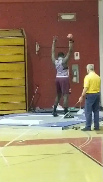 """Live from #NJSIAA Group IV non-public HS Boys #shotput - @RJ_Oben17 throws a PR of 56'1"""" going into finals.."""