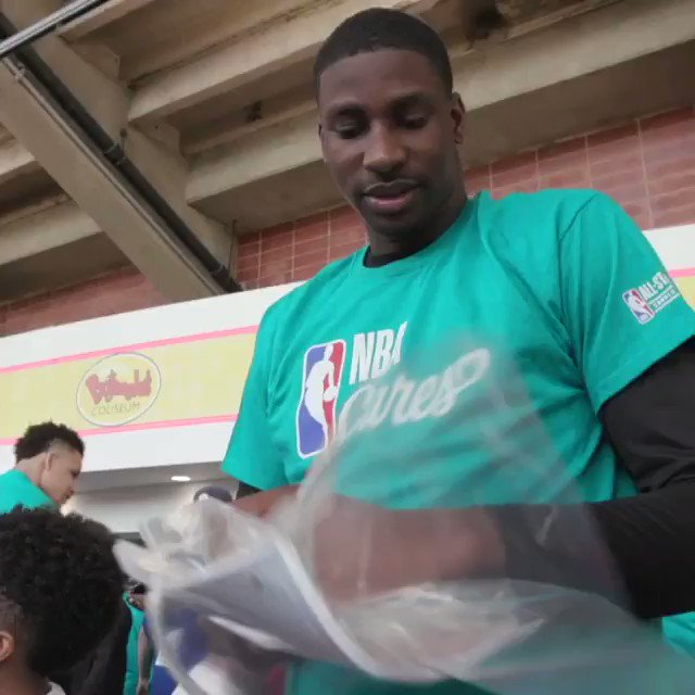 Current and former @NBA and @WNBA players rolled up their sleeves to help around the Charlotte community during this year's NBA Cares All-Star Day of Service and @JrNBA Day! #NBAAllStar