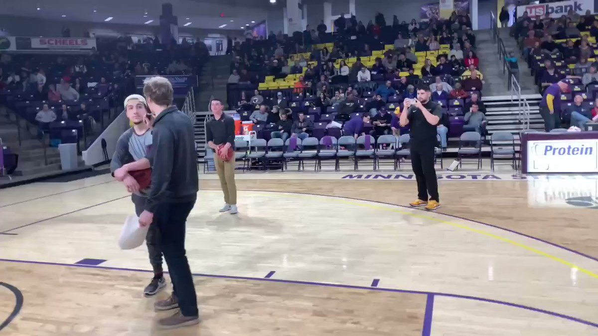 OH MY GOODNESS! Jake called going 4/4 at tonight's @MinnStateMBBall game for free @PizzaRanch for a year. AND HE TOTALLY NAILED IT! #SCTop10 #MavFam